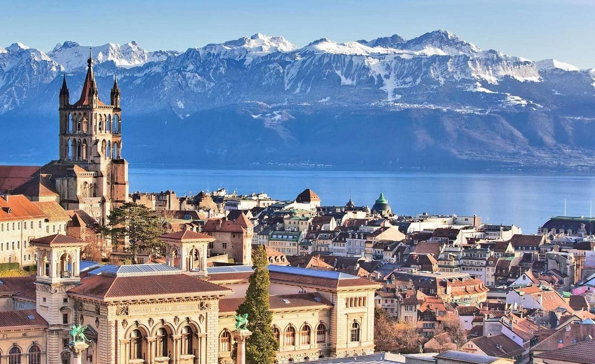 париж швейцария