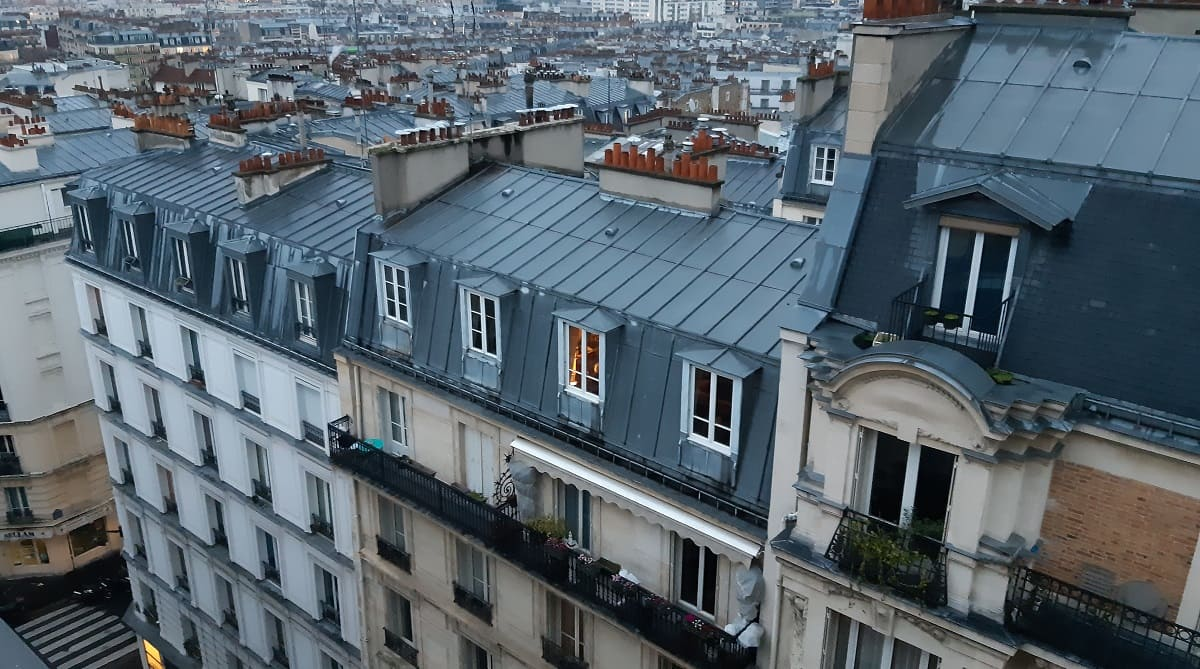 воздух Парижа