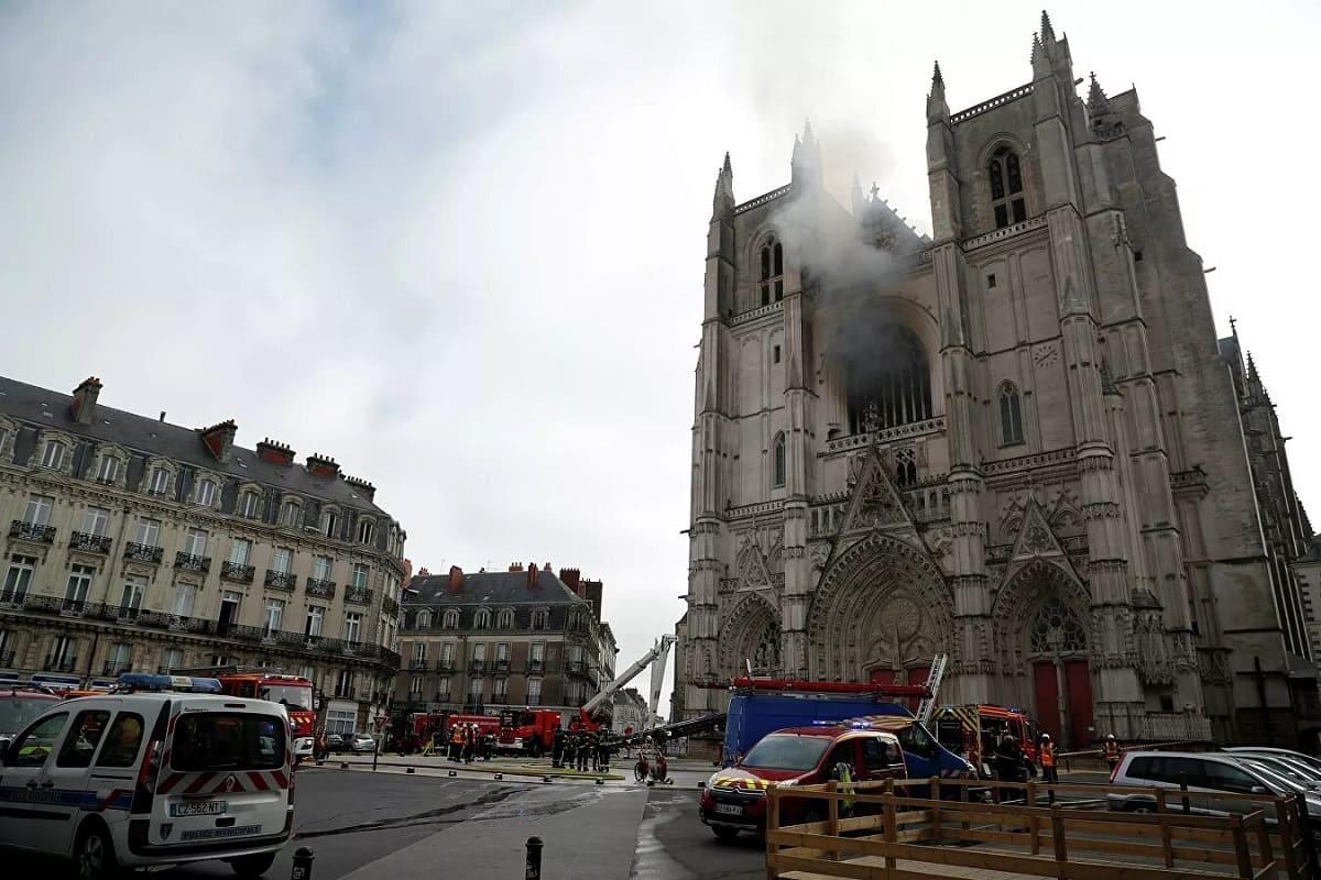 пожар в соборе