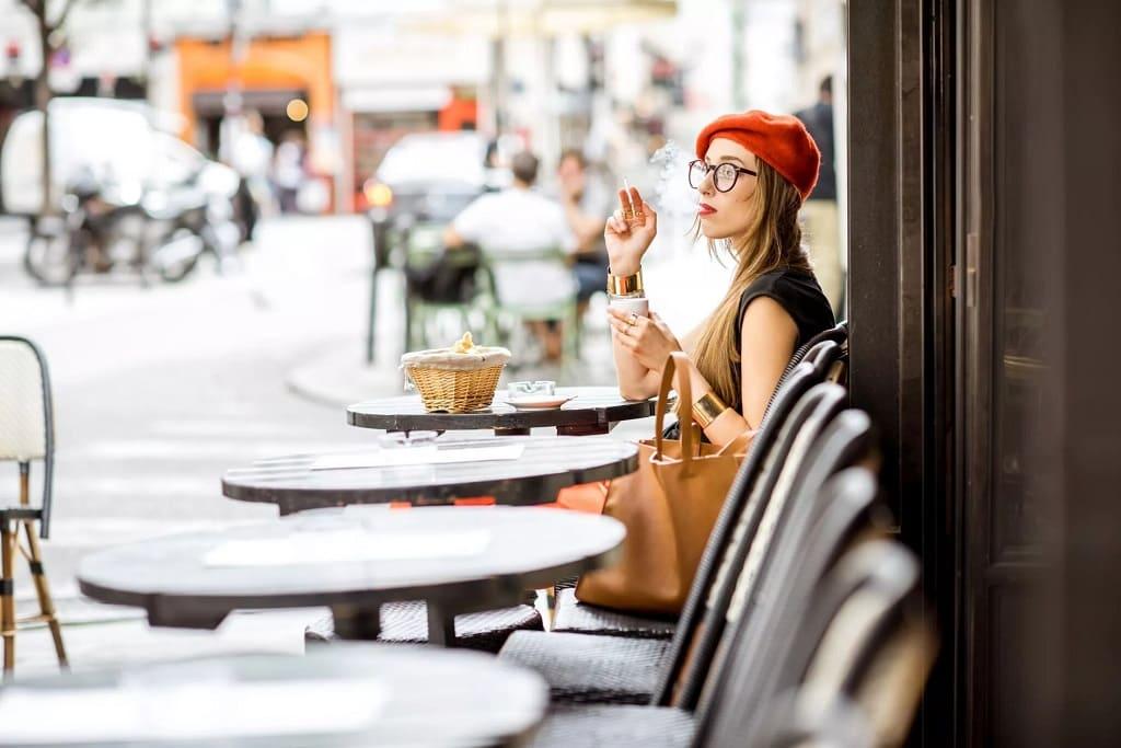 Курение во Франции