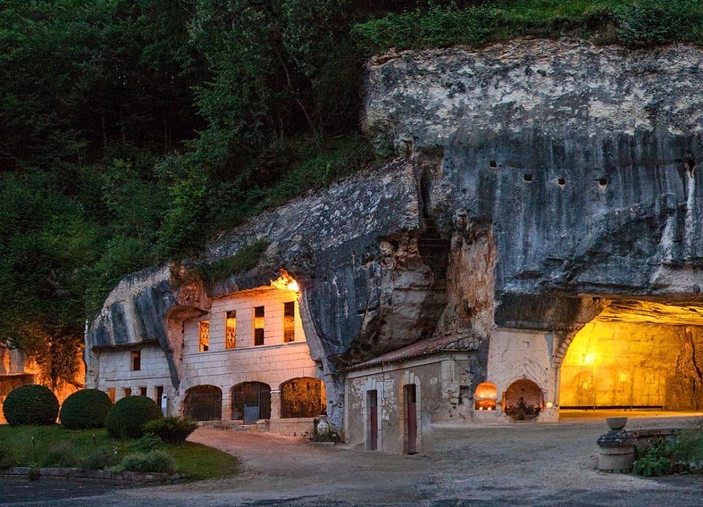 Самые красивые небольшие города Франции